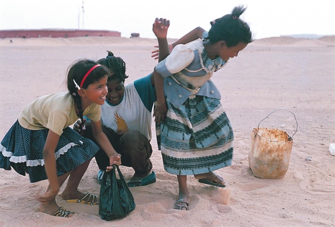 Valon pilkahdus Länsi-Saharassa