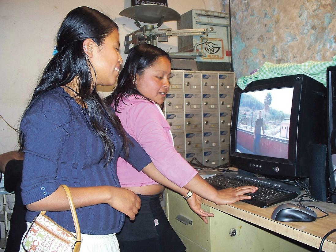 Oaxacan yhteisöradiot tulilinjalla