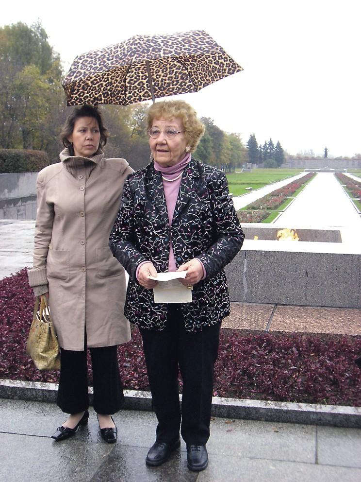 Rauhantekijä Oili Suomi: Muistoja rauhantyöstä eri vuosikymmeniltä